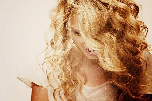 наращивание волос/1333087424_volosuy (500x333, 61Kb)