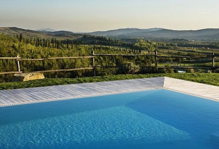 Солнечный тосканский стиль интерьера гостиницы Conti di San Bonifacio 4 (700x476, 98Kb)