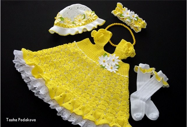 Платье крючком для девочки-красивый ажурный узор,рукава-крылешки/4683827_20120401_200219 (642x436, 76Kb)