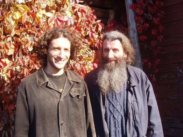 Отец и сын Игумен Варлаам и программист Илья Борин (640x480, 401Kb)