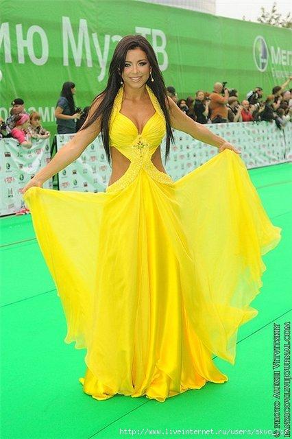 платья 2012 для полных маленького роста эксклюзивные