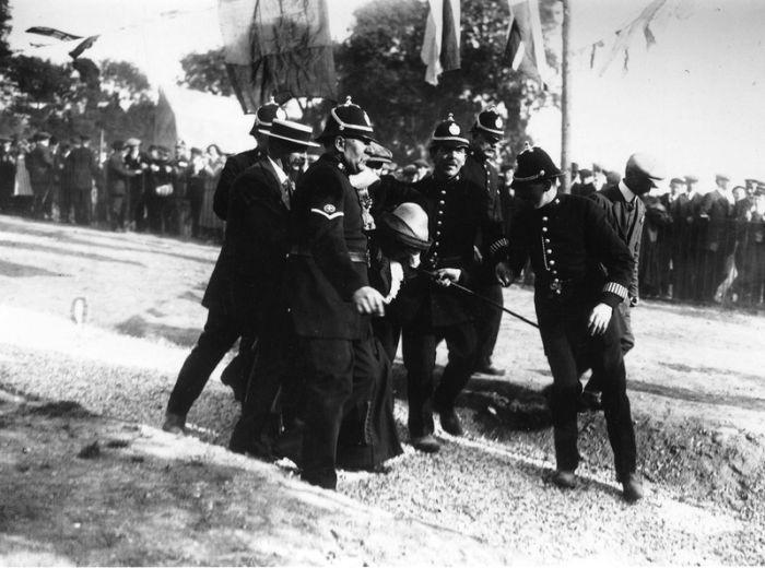 police_1890_1930 (3) (700x520, 64Kb)