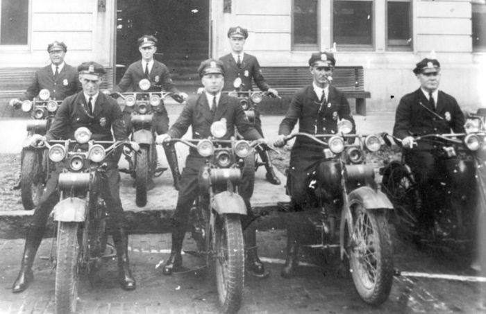 police_1890_1930 (27) (700x453, 54Kb)