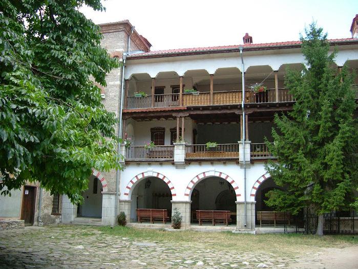 Бачковский монастырь 70135