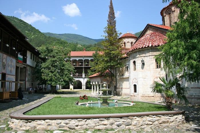 Бачковский монастырь 68396