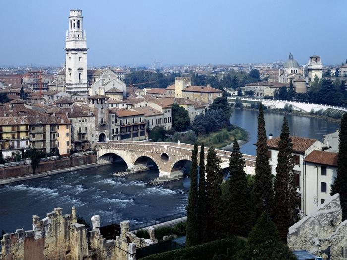 1152_Verona, Italy (500x325, 318Kb)