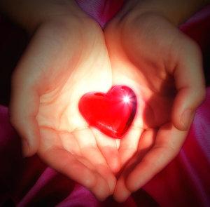 heart-in-hands (300x295, 17Kb)