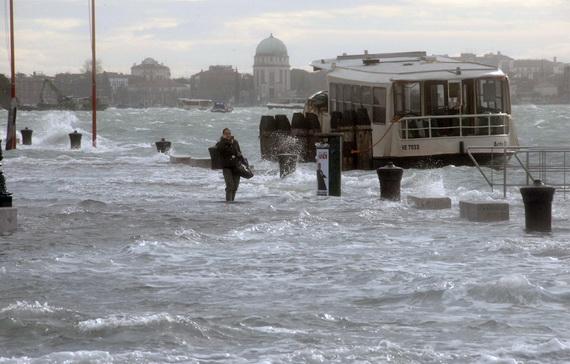 затопленная венеция 5 (570x364, 83Kb)
