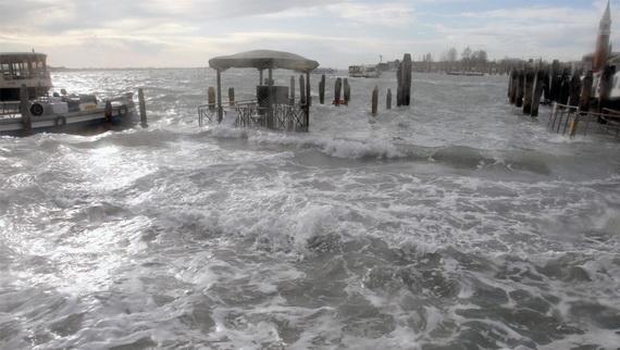 затопленная венеция 11 (570x322, 75Kb)