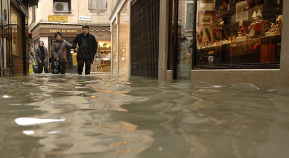 затопленная венеция 13 (570x313, 69Kb)