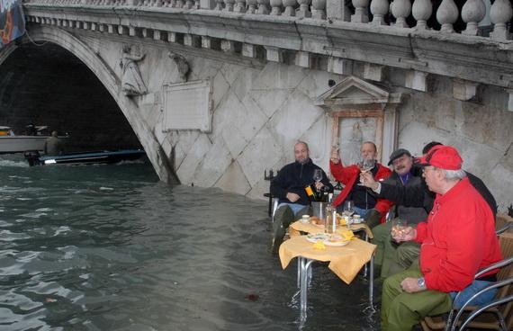 затопленная венеция 16 (570x368, 89Kb)