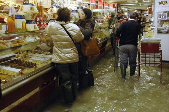 затопленная венеция 22 (570x379, 114Kb)