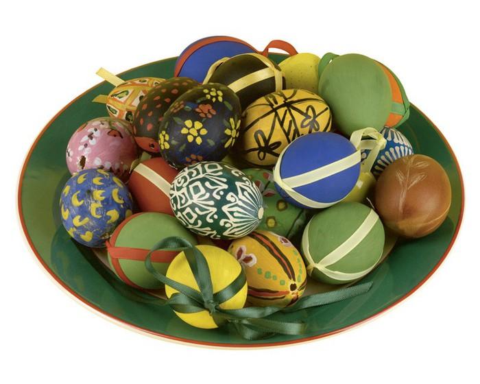 50+ Оригинальные пасхальные яйца 49 (700x560, 87Kb)