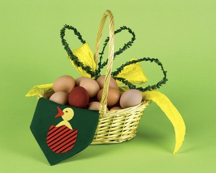 50+ Оригинальные пасхальные яйца 57 (700x560, 74Kb)