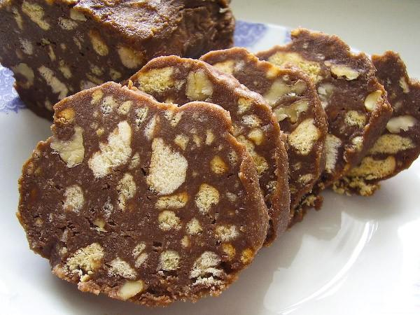 Домашняя шоколадная колбаса рецепт фото