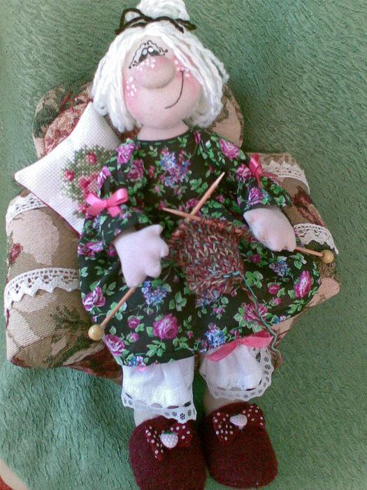 Кукла бабушка из ткани 83