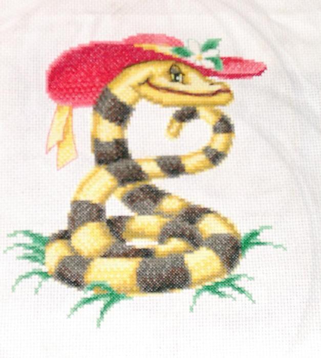 Скоро Новый год))) Змеиная