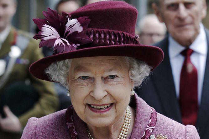 queen_16jpg_fullSize_1.10609889.1305634123 (667x445, 56Kb)