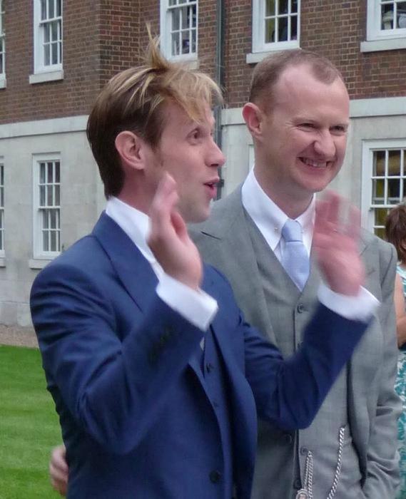 Йен халлард и марк гэтисс свадьба