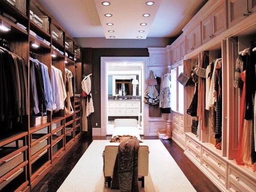 торговля одежда/1334177657_torgovlya (500x375, 78Kb)