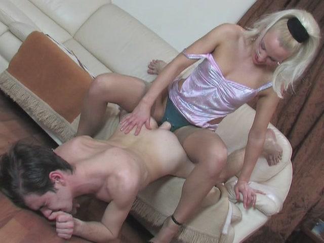 ladiesfuckgents_g564_clip[(012575)21-57-09] (640x480, 48Kb)