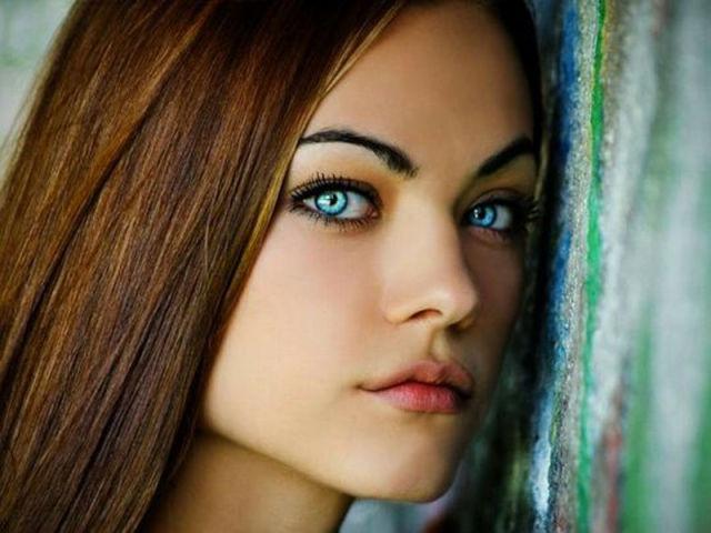 Posted in. красивые девушки. Небольшая подборка красивых девушек с голубым