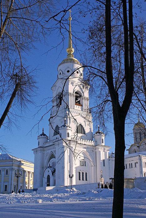 Колокольня Успенского собора во Владимире. (468x700, 162Kb)