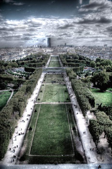 Лучшие фото Парижа в формате HDR 3 (466x700, 390Kb)