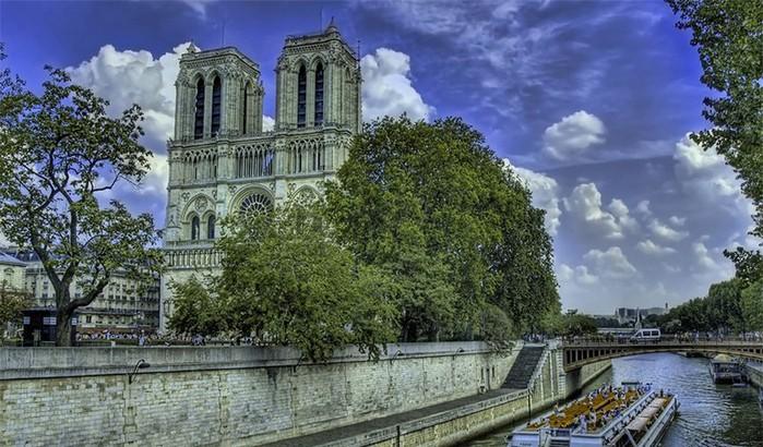 Лучшие фото Парижа в формате HDR 17 (700x410, 120Kb)