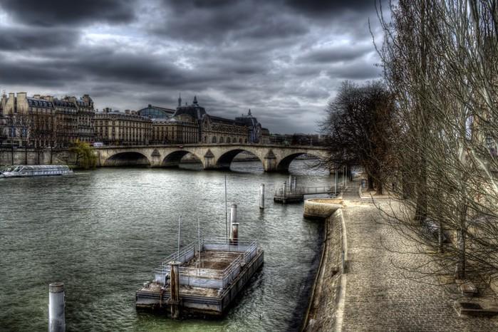 Лучшие фото Парижа в формате HDR 23 (700x466, 120Kb)