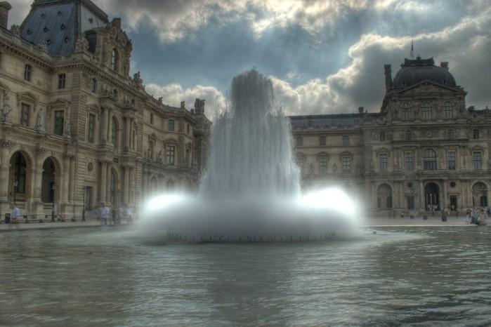Лучшие фото Парижа в формате HDR 34 (700x466, 72Kb)