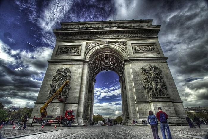Лучшие фото Парижа в формате HDR 55 (700x467, 127Kb)