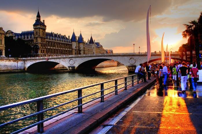 Лучшие фото Парижа в формате HDR 57 (700x466, 124Kb)