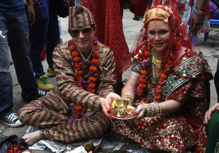 Скрытые геи: лучшая защита   это нападение. Конкурс Мистер Гей, свадьба лесбиянок в Непале. Фотографии