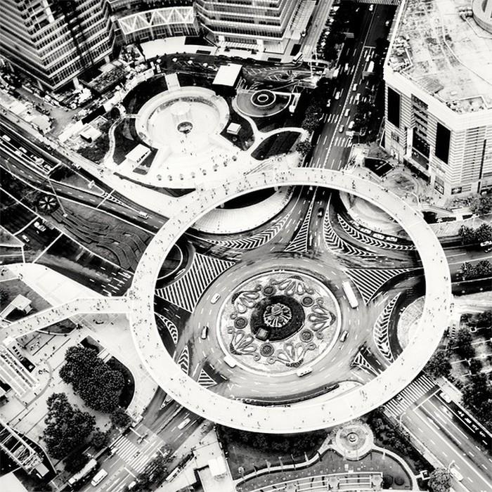 Красивые черно белые фото Шанхая от Martin Stavars 13 (700x700, 216Kb)