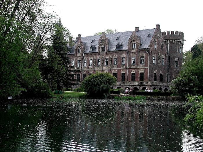 ЗАМОК Паттендорф - Schloss Paffendorf 40905