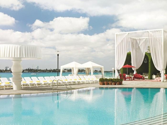 Удивительно красивый дизайн отеля Mondrian South Beach 29 (700x525, 83Kb)