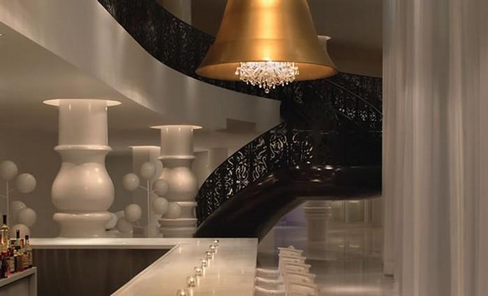 Удивительно красивый дизайн отеля Mondrian South Beach 44 (700x424, 47Kb)
