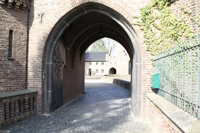 ЗАМОК Паттендорф - Schloss Paffendorf 48298