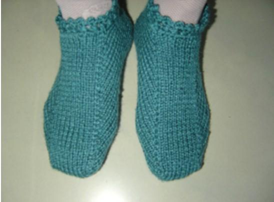 Носки-тапочки на трех спицах без швов-гениальный способ от азиатских мастериц/4683827_20120408_015824 (548x405, 39Kb)