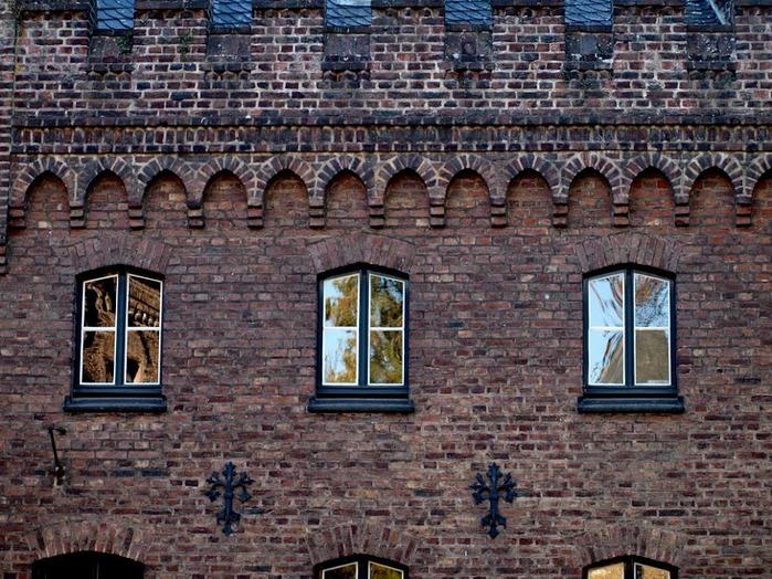 ЗАМОК Паттендорф - Schloss Paffendorf 60103