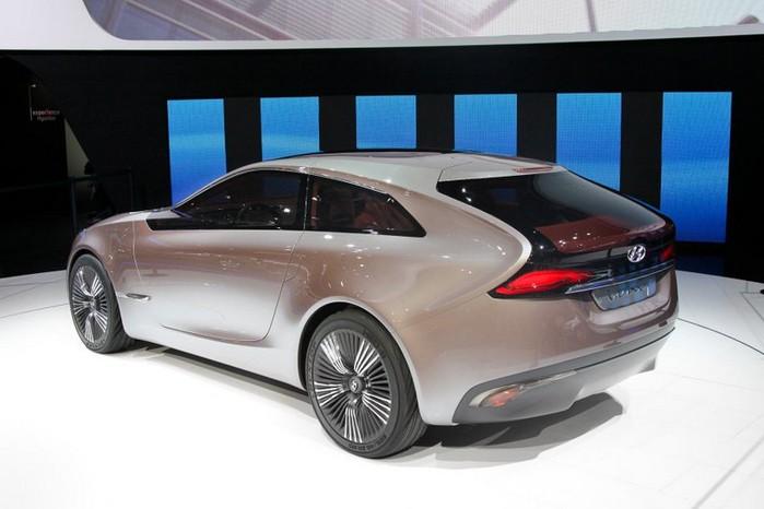Футуристичный концепт кар I-ioniq от Hyundai 8 (700x466, 61Kb)