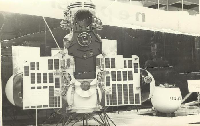 космос9 (700x440, 44Kb)