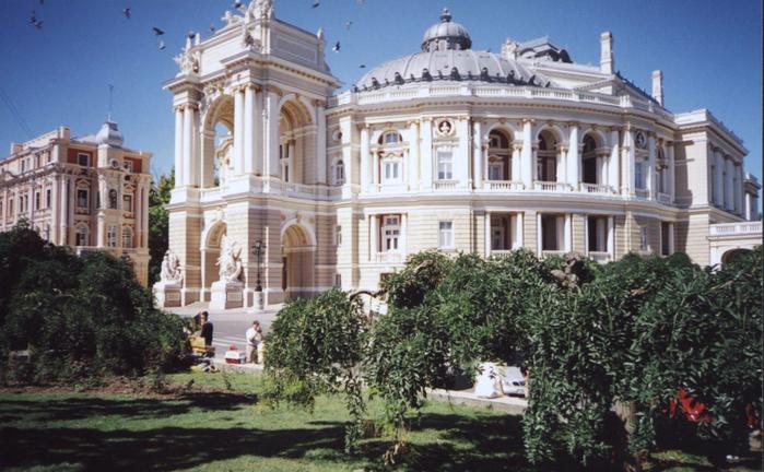 Odessa_Opera_House (700x432, 384Kb)