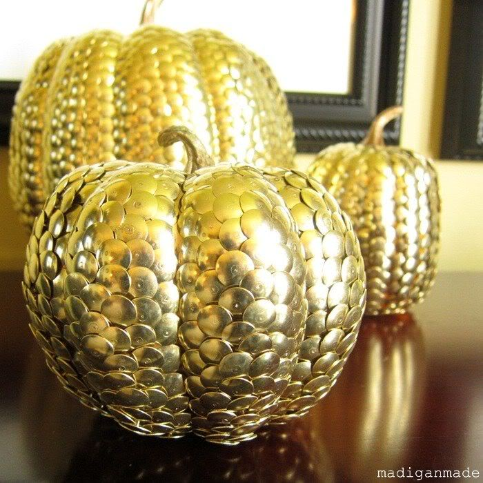 gold-thumbtack-metal-pumpkins04 (700x700, 99Kb)