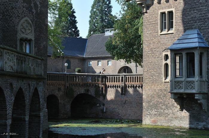 ЗАМОК Паттендорф - Schloss Paffendorf 45577