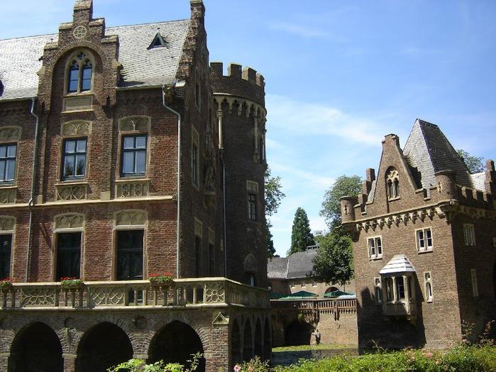 ЗАМОК Паттендорф - Schloss Paffendorf 20839