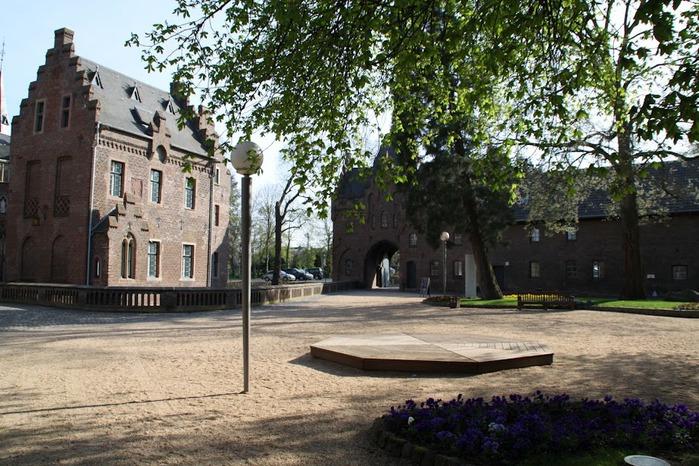 ЗАМОК Паттендорф - Schloss Paffendorf 87207