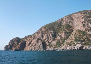 Медведь-гора или Аю-Даг - гора на Южном берегу Крыма, расположенная на...