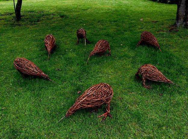 Ёжики для сада своими руками